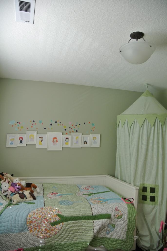 Old light in Grace's room
